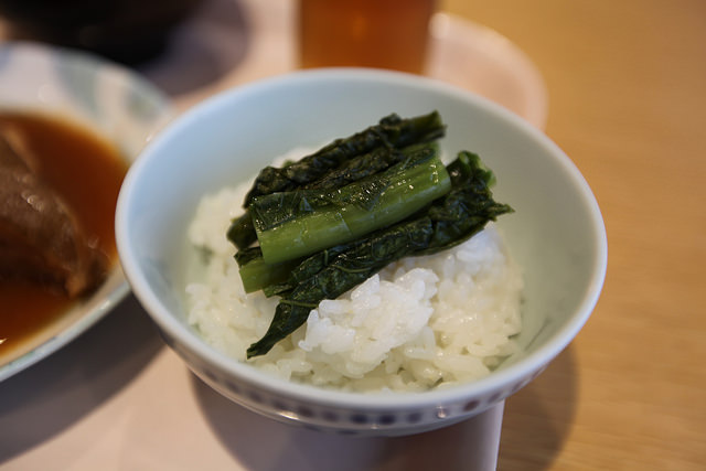 Koshihikari rice, a prized local specialty with Pickles!